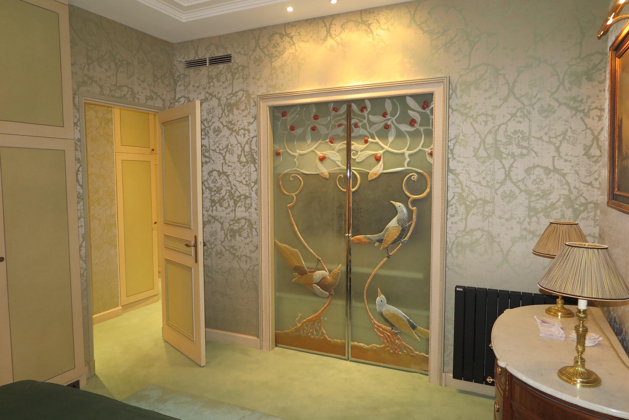 Tenture murale en soie for Tapisserie murale de luxe
