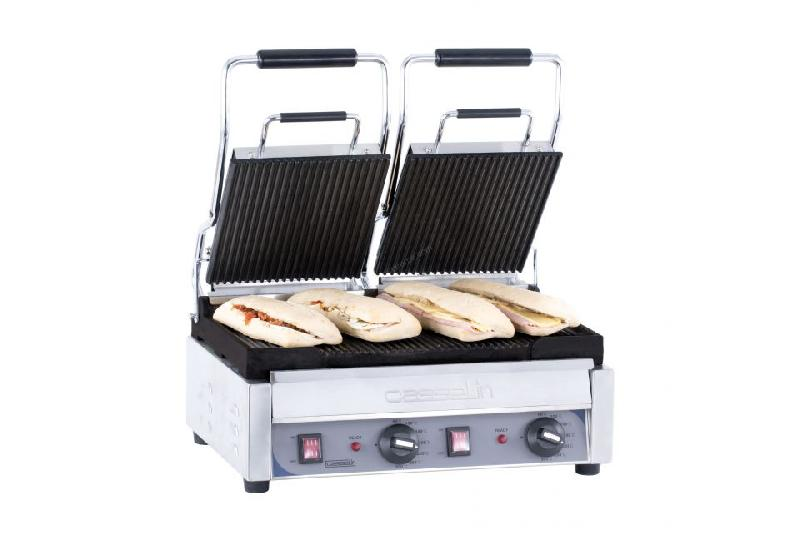 grill panini double professionnel premium casselin plaques rainur es comparer les prix de. Black Bedroom Furniture Sets. Home Design Ideas