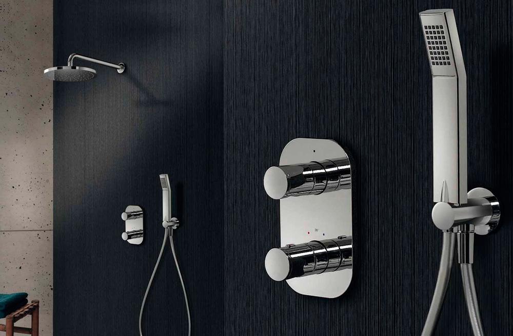 colonne de douche tous les fournisseurs douche d. Black Bedroom Furniture Sets. Home Design Ideas