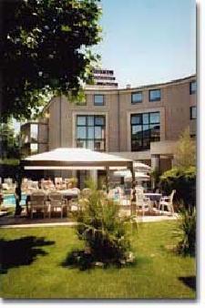 hotel 3 etoiles aix en provence kyriad prestige