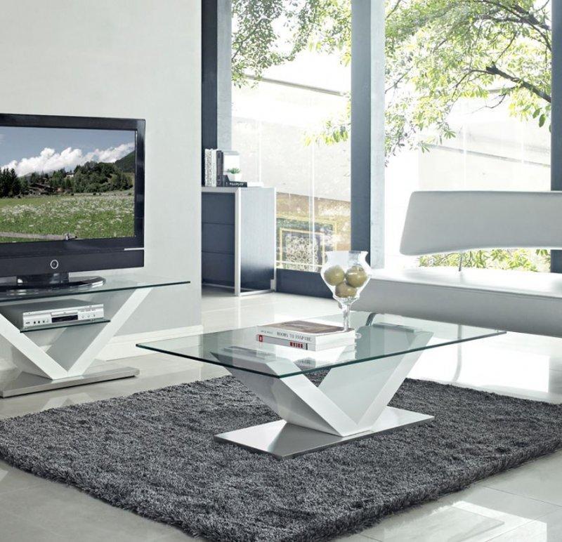 Table basse design kenny en verre et piétement en acier laqué blanc