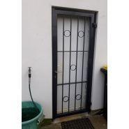 Grille de protection d'entrée - kreyenborg - grille de porte ouvrante