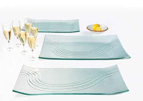objet en verre pour la table plateau de buffet. Black Bedroom Furniture Sets. Home Design Ideas
