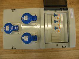 Coffret d'alimentation electrique  - 3 prises -serie mistral