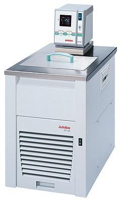 Cryothermostat compacte julabo fp40-me réf 9162640