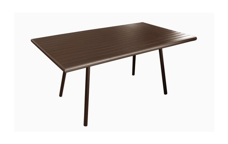 Table de jardin couleur rouille des id es int ressantes pour la conception de for Fabriquer une petite table de jardin