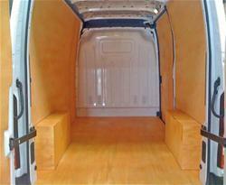 amenagement de vehicules utilitaires les fournisseurs grossistes et fabricants sur hellopro. Black Bedroom Furniture Sets. Home Design Ideas