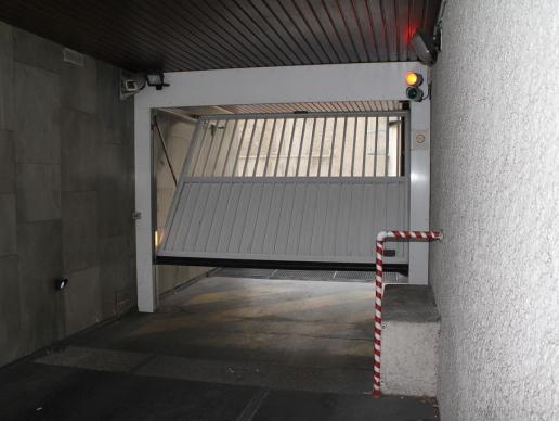 Portes de garage basculantes safir s400 aero mixte baro for Porte de garage safir