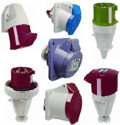 Prises de courant industrielles tous les fournisseurs prise courant indus - Socle prise de courant ...