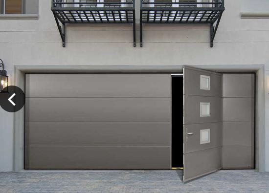 porte de garage sectionnelle maori motorisee ouverture plafond en acier avec portillon. Black Bedroom Furniture Sets. Home Design Ideas