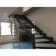 Escalier en acier avec marche acier