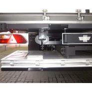 X1UAM 1500 - Hayon élévateur - Sörensen - rétractable, capacité 1500 kg