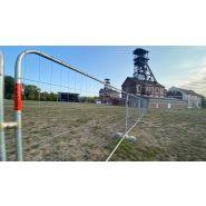 Location de barrieres fan zone