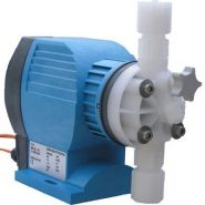 Pompe doseuse ecoplus 15 l/h syclope electromagnétique à membrane