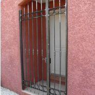 Grille de protection d'entrée - Provence - grille ouvrante en fer