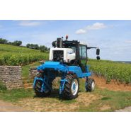 1035 - Tracteur enjambeur - Bobard - à 4 roues motrices à transmission  hydrostatique