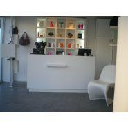 Comptoir pour magasin - A4 Inside - Caisse salon de coiffure