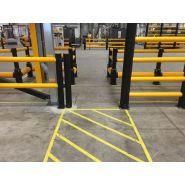 Barrière industrielle flexible avec porte de sécurité coulissante