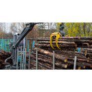 2117 - grues forestières - kesla -  à bras droit est une grue de classe tonne/mètre 17