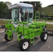 T4E - Tracteur enjambeur - Kremer - Châssis : structure légère – 3 rangs