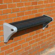 Perch Seat Assis-debouts publics - Glasdon - extrémités de siège : 100% aluminium moulé recyclé - Siège de cuvette : en acier inoxydable