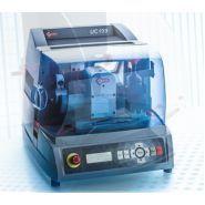 Uc199 machine électronique à clé plate - silca sa - poids 43 kg