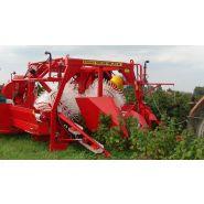 Récolteuse à framboise d'automne natalia-v - weremczuk - puissance minimale requise 60 hp - productivité 0.20 à 0.30 ha/h