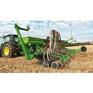 740A - Semoir agricole - John Deere - Distribution précise des semences