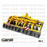 Déchaumeur rapide répliage hydraulique RH - Gascón International Machines Agricoles - Largeur de travail 4.00 à 7.20 m - Puissance requise 180 à 300 CV