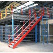 Escalier / passerelle métallique