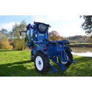 TRACTIS 100-140 - Tracteur enjambeur - Frema - à transmission hydrostatique 3 roues motrices