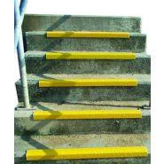 Bord de marche agrippant - A.B.A. - Coloris jaune securité - Tailles : de 750x70x30mm à 3000x70x30mm