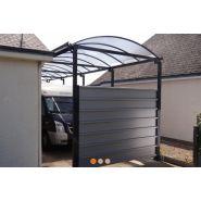 Abri camping car / structure en acier / toiture arrondie en polycarbonate alvéolaire