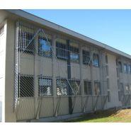 Grilles de protection pour façades