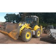 TRACTOPELLE NEW HOLLAND B 115 BAN