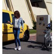 City Hub  Bornes De Recharge Pour voiture Electrique - Clean Energy - Puissance modulable De 3 kW monophasé à 22 kW triphasé