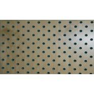 Panneaux acoustiques à trou rond