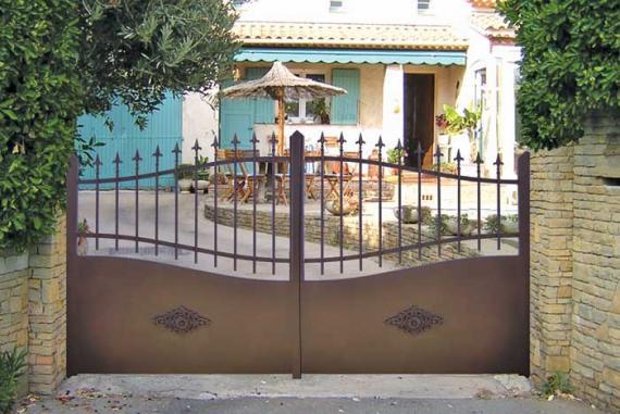 Cmm la maison du portail sur for Peindre portail fer