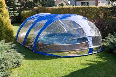 abri piscine haut azuro amovible manuel en aluminium. Black Bedroom Furniture Sets. Home Design Ideas
