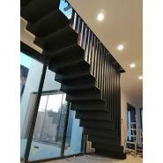 Escalier acier tole pliée - accordéon