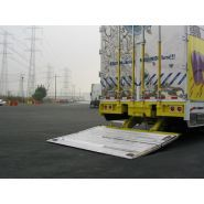 GPS - Hayon élévateur - Maxon - capacité jusqu'à 5500 lb