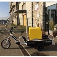 Vélo cargo - arroseuse électrique