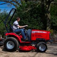 MF 1520-1532 - Tracteur agricole - Massey Ferguson - 19,5-32 CH