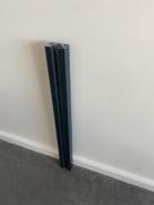 Sku: n/a -1/2 poteau et 1/2 bouchons de clôture aluminium fixation murale