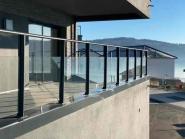 Line : verre sans main courante-garde-corps aluminium