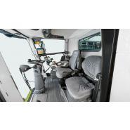 Lexion 8900-7400. moissonneuse batteuse - class - trémie (l) 15000/18000*