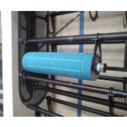 Stockeur rotatif vertical motorise pour cylindres et manchons