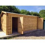 2454 - garage en bois massif 40mm traité teinté marron gardy shelter