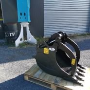 GODET GRAPPIN A GRIFFE PELLE 1,5 - 5 TONNES